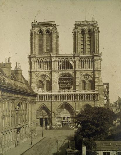 1.Notre-Dame-de-Paris-prima-del-restauro-di-Viollet-le-Duc.jpg