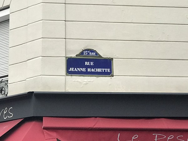 3.Paris.Hachette.Caione