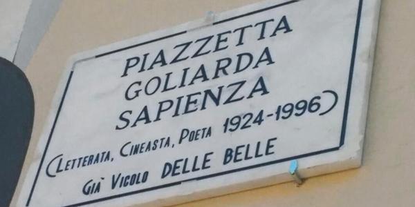 Foto 2. ENOTECA. Catania. Piazza Goliarda Sapienza