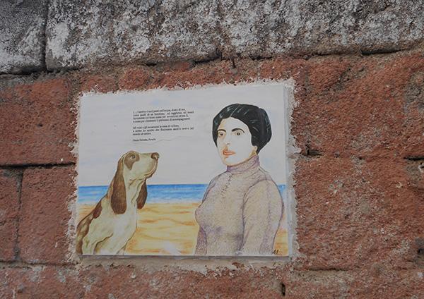 FOTO 2. Posada-Grazia Deledda e il suo cane (un passo tratto dalle Novelle)