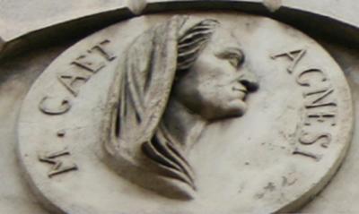 Foto 1.Milano, via Brera. Medaglione su Palazzo Beccaria. Foto di Giovanni Dall'Orto