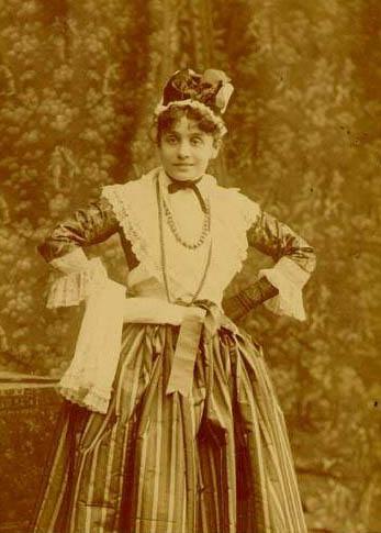 Eleonora_Duse_in_La_Locandiera_1891