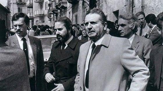 Falcone Chinnici e Cassarà sul luogo dell'omicidio di La Torre e Di Salvo