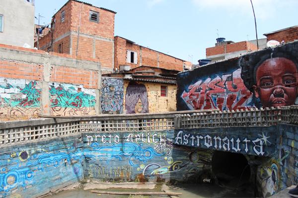 8_il ruscello contaminato dalle acque reflue_foto irene latini
