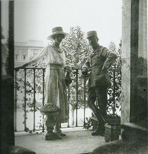 Foto 2. Giuliana con Milan a Roma,1916