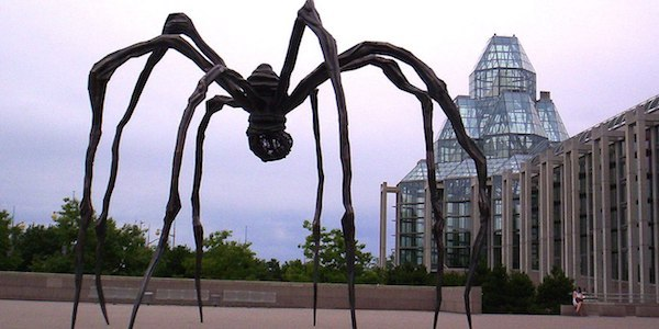 Fig.7_Maman, davanti lla national gallery of canada_Louise Bourgeois