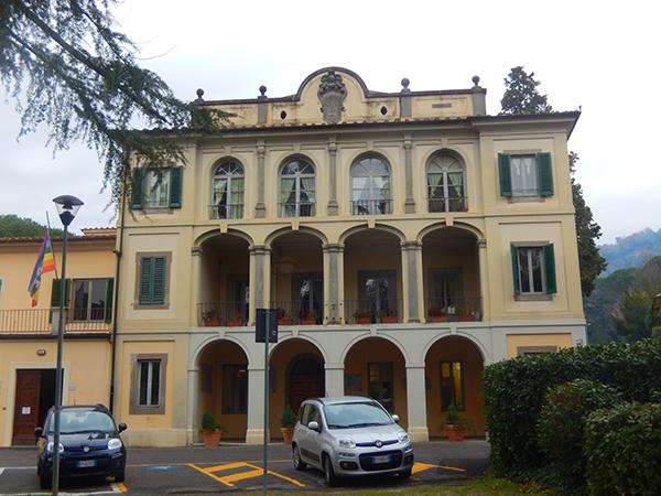 FOTO 1. Monsummano Terme(PT)-Municipio -foto di Laura Candiani