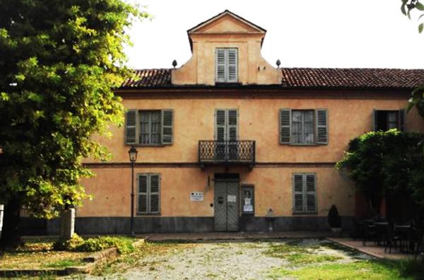 1. Casa natale casa-di-cesare-pavese
