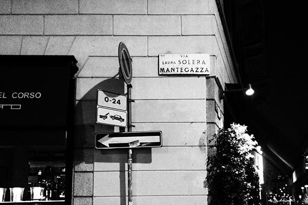 Foto3 Milano. Mantegazza.bianconero.Vitamine