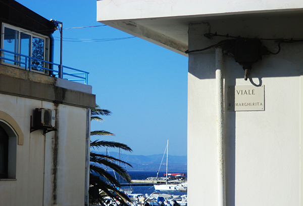 Calasetta(CA)-viale regina Margherita-Laura Candiani
